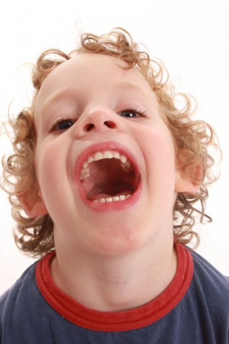 What Age Should a Child Start Flossing?