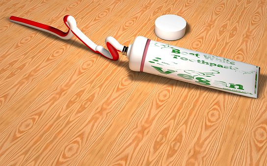 toothpaste-3121211__340